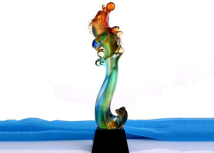 Chinoiserie Colorized Liuli Trophies And Awards , Fish Design Exclusive Gifts