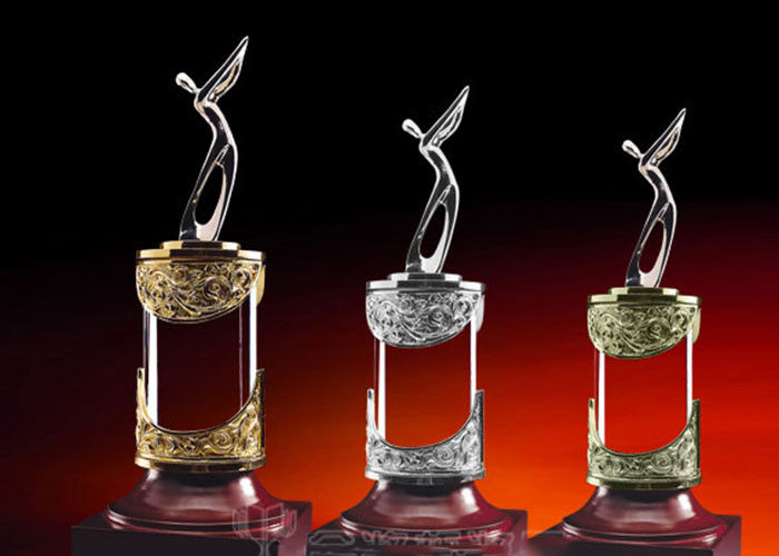 Gross Champion / Second / Third Reward Cup Golf Trophies For Talented Golfers
